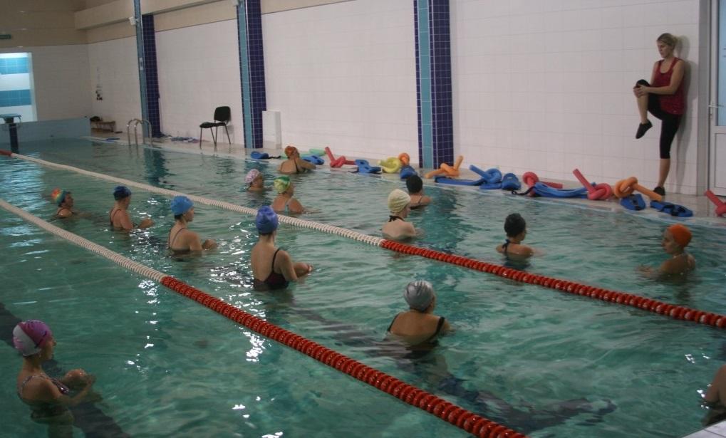 Бассейн Спортренд на Кавказкой: Детские соревнования по плаванию.