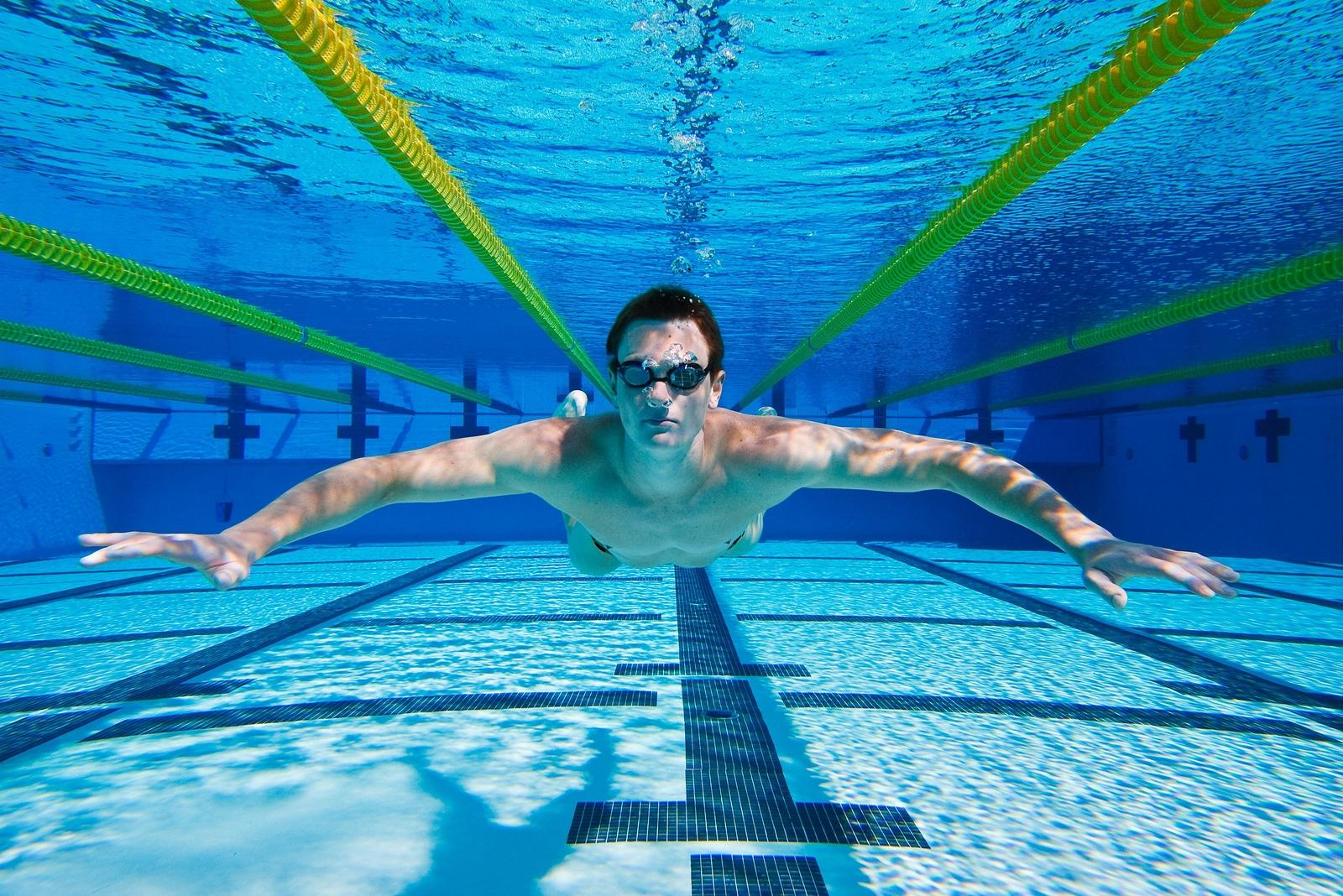 Акция в бассейне на Соломенке