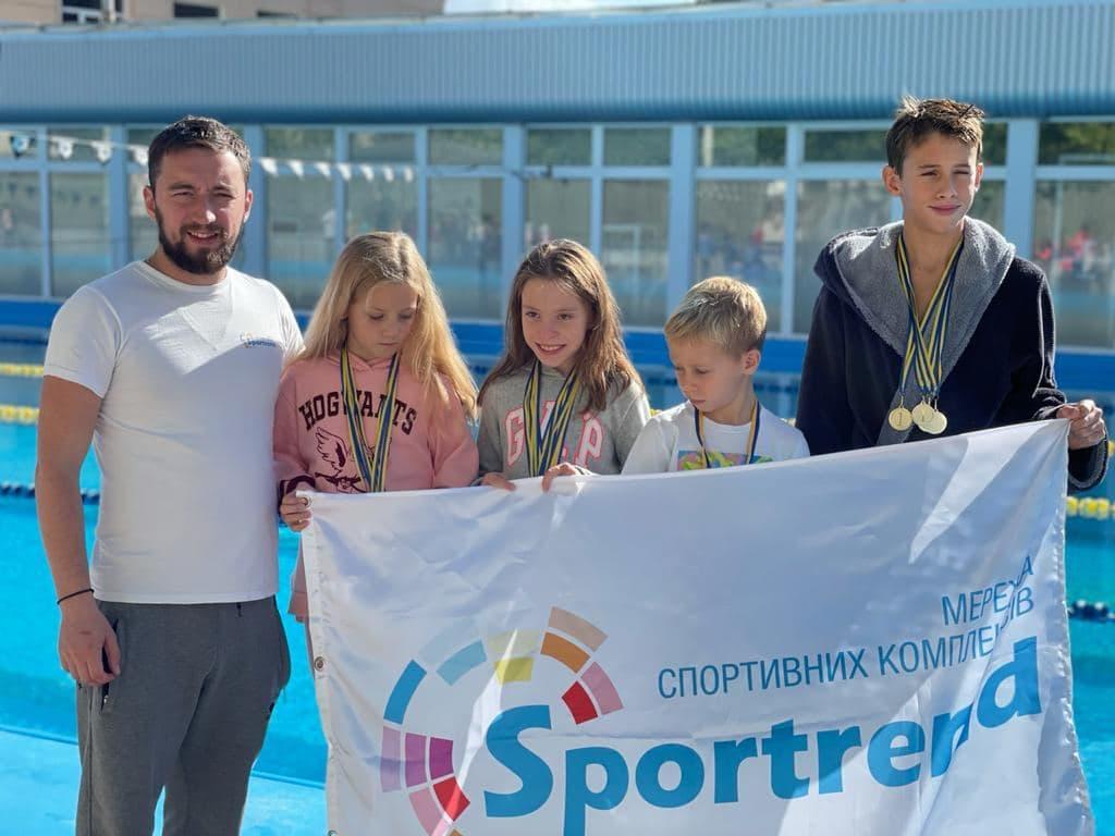 Воспитанники нашего тренера - Победители соревнований по плаванию